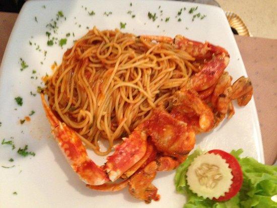 Il Tagliere da Massimo: Спагетти с крабом (стоит в меню как рекомендуемая, но не очень впечатлила)