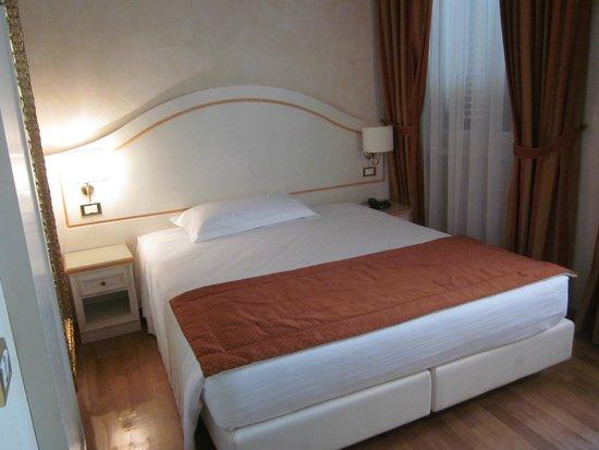 Mazzanti: μονόκλινο δωμάτιο