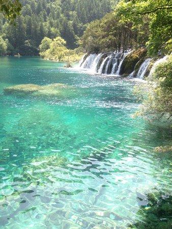 Jiuzhaigou Natural Reserve : Stunning.