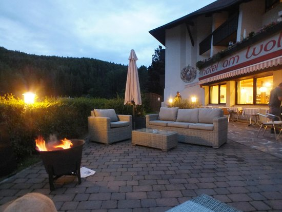 Hotel Am Wolfsgrubenersee: relax in terrazza