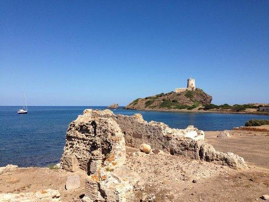 Baia di Nora: Torre di Coltellazzo