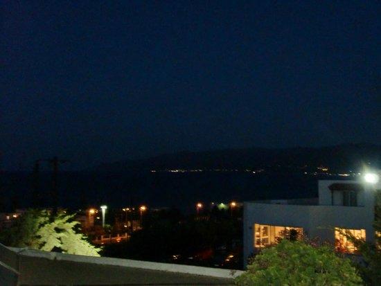 Semiramis Village : вид с нашего балкона