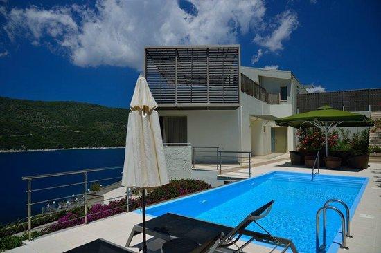 San Nicolas Resort Hotel: Our room