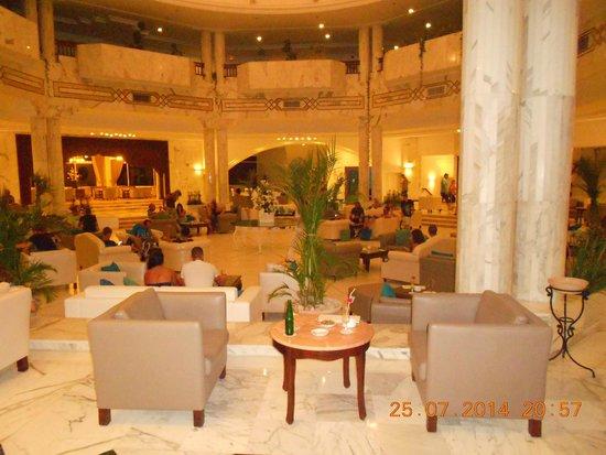Djerba Plaza Hotel & Spa: Hall
