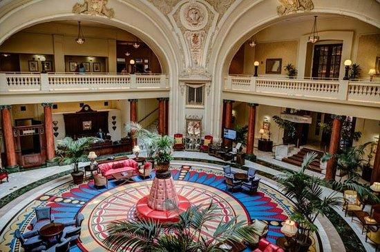 The Battle House Renaissance Mobile Hotel & Spa : Gorgeous lobby