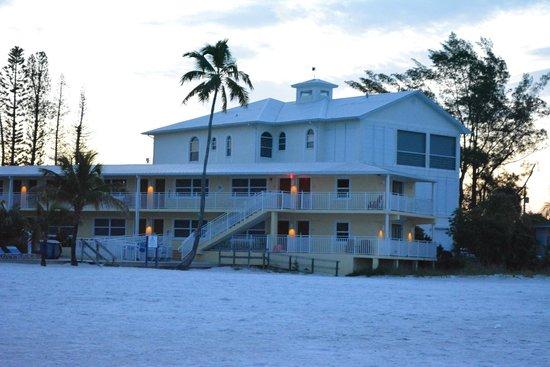 The Neptune Resort : Sunrise-time pic