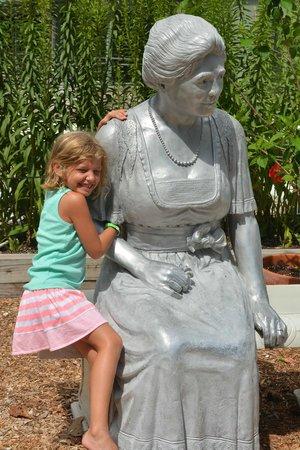 The Neptune Resort: nearby Edison museum garden