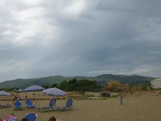 Aquis Sandy Beach Resort: Plage