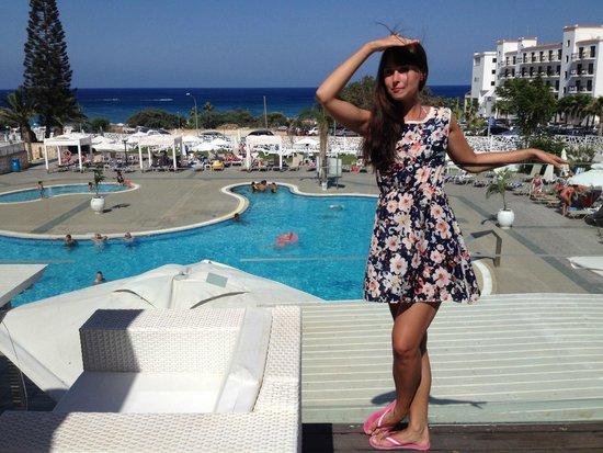 Odessa Beach Hotel: terrace 2nd floor