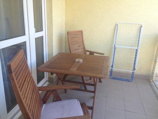 InnerCity Apartments: Balcony