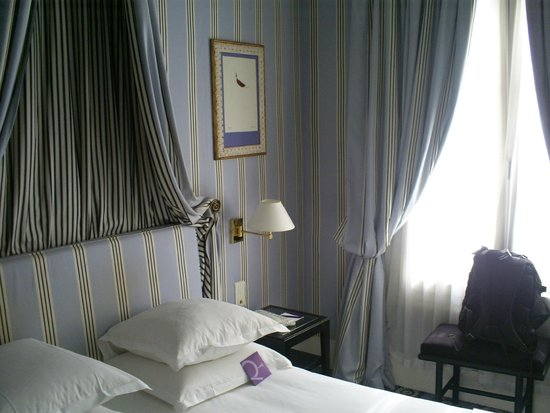 Mercure Paris Champs Elysees: Room 3