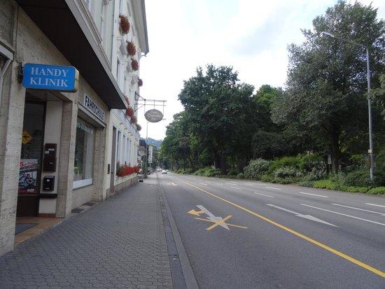 Hotel Deutscher Hof: Main entrance
