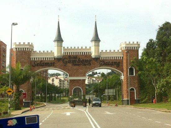 Bukit Gambang Resort City : main entrance