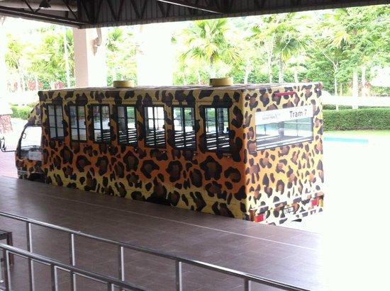 Bukit Gambang Resort City : free tram service from hotel lobby to safari park and water park