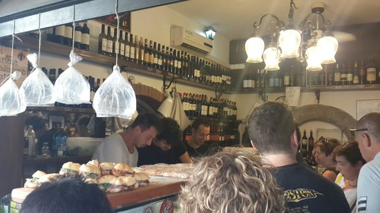 All' Antico Vinaio : Looks interesting...