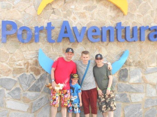 PortAventura Park: The boys at PortAventura.