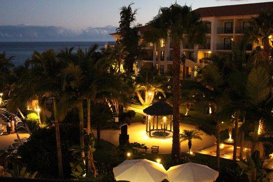 Porto Mare Hotel: Abendlicher Blick aus dem Hotelzimmer