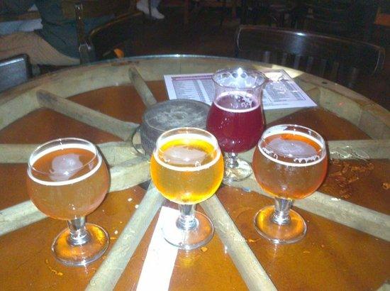 Delirium: 3 bières dégustation, et 1 Kriek