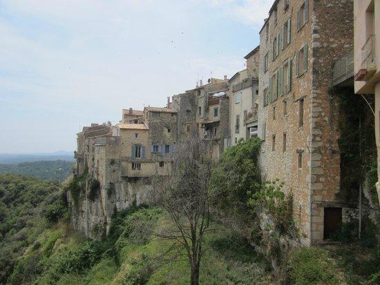 Tourrettes-sur-Loup - Village Medieval : de omwalling
