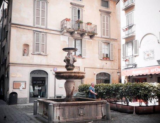 La Citta' Alta : Bergamo
