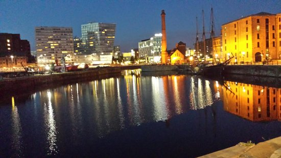 Holiday Inn Express Liverpool-Albert Dock: View from our window