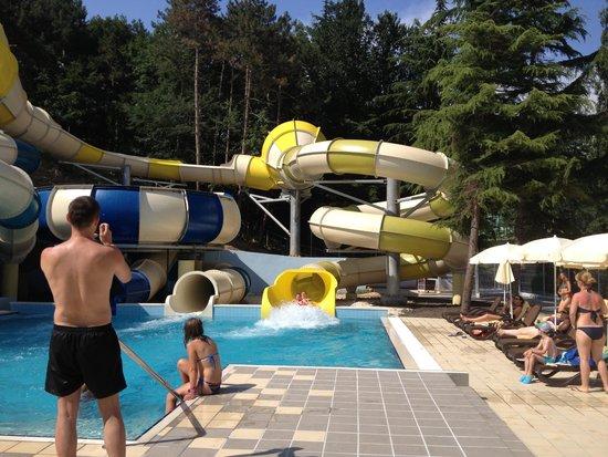 Grifid Hotels Club Hotel Bolero: Sortie des toboggans :-)