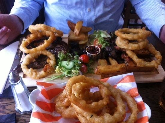 The Lock and Key Restaurant: Meat Platter
