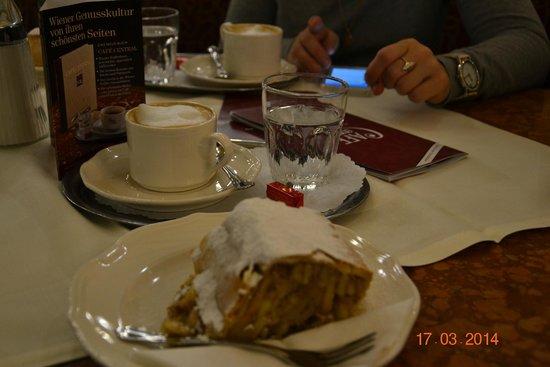 Cafe Central : Кофе по венски