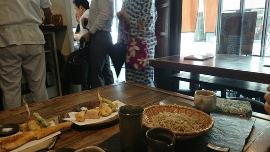 Narutomi: Best food with good atmosphere