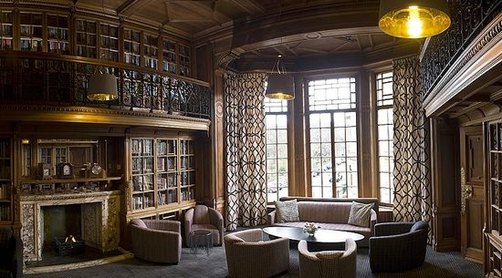 B+B Edinburgh : Library