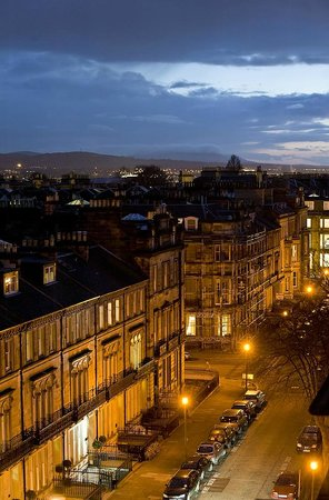 B+B Edinburgh : Night Street View