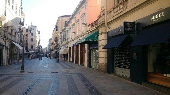 BEST WESTERN Hotel Nazionale : Street outside
