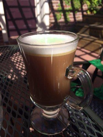 Magnolia : Irish coffee
