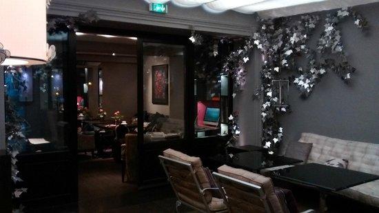 Hôtel Les Jardins de la Villa & Spa : lobby