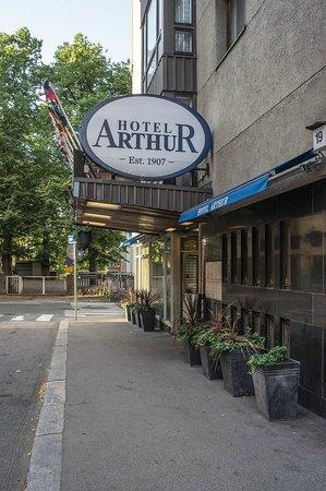 Arthur Hotel  2014