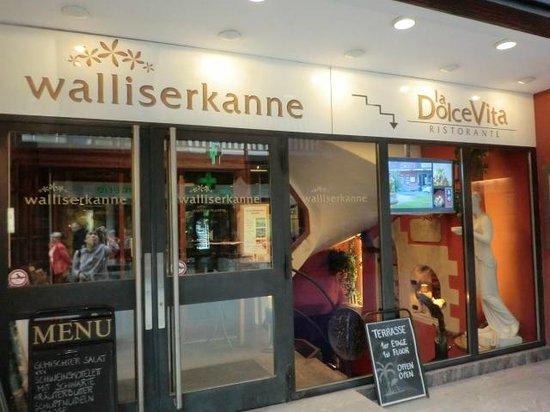 Movenpick Hotel Zurich-Airport: 1階のレストラン