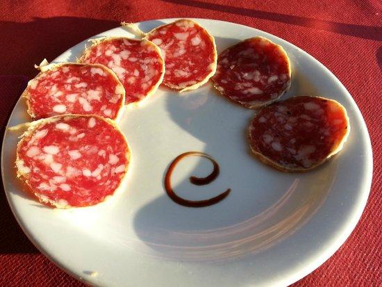 Gianni's: Salami