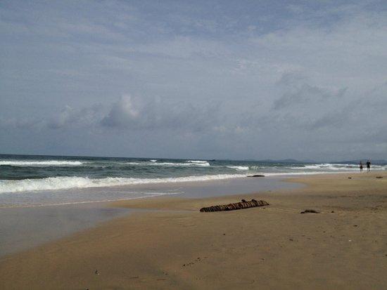 Viet Thanh Resort: The private beach