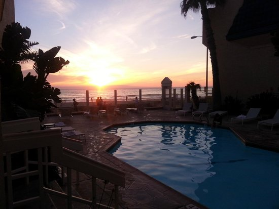 Blue Sea Beach Hotel: Sunset from the room