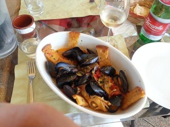 5 gradini: ma miglior zuppa di pesce mai assaggiata!