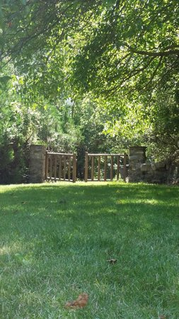 Camping Frontera Park : Gate detail