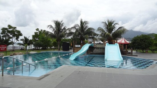 De Baron Resort Langkawi: Swimming pool