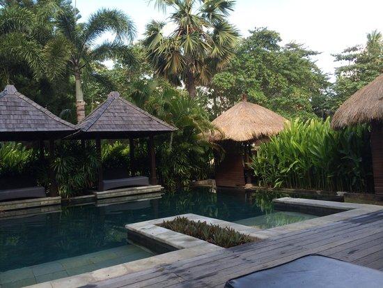 Bali Garden Beach Resort: Adult only pool area