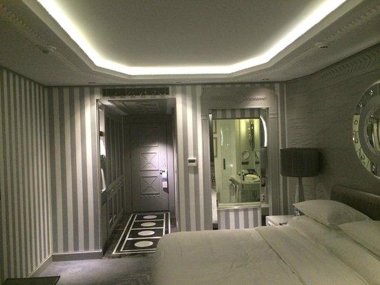 Wyndham Grand Istanbul Kalamis Marina Hotel: room