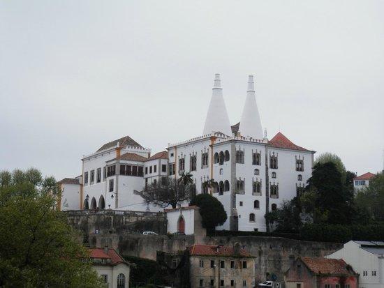 Sintra National Palace: vista exterior palacio nacional