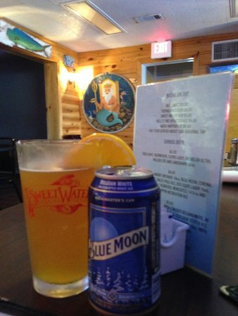 Rick's Crab Trap: Blue Moon: Perfect w/Broiled Shrimp