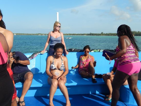 Punta Cana Party Boat: Booze Cruise