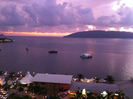 The Klagan Hotel: A sunset view of the sea