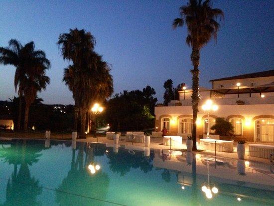 Blu Hotel Kaos: Изумительный бассейн!!!