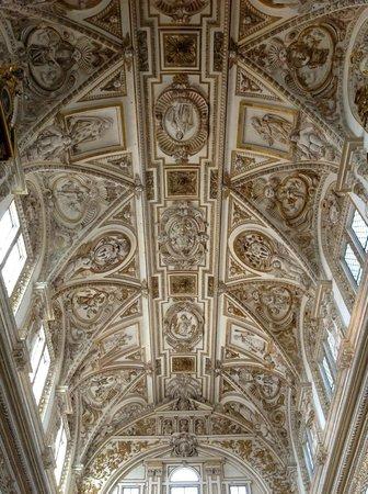 Mezquita-Catedral de Córdoba: The ceiling of the 'Coro'